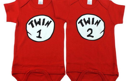 Unisex_Twin_Onesies,_Includes_2_Bodysuits,_Twin_1_Twin_2,_Womb_mates